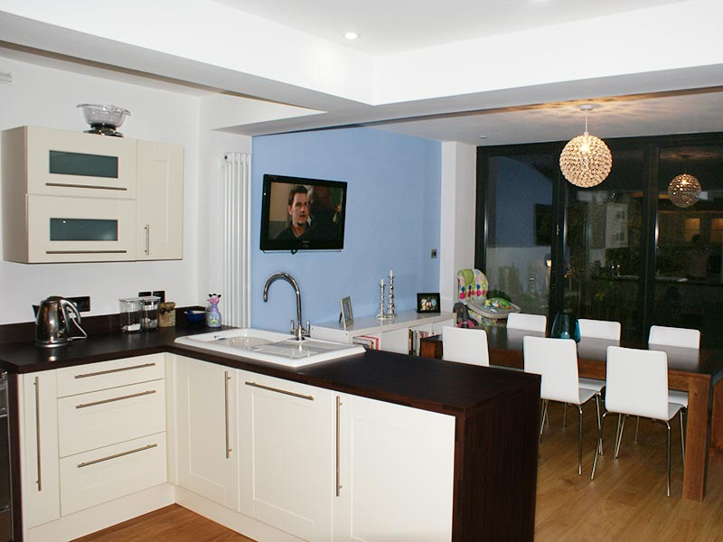 House extension on pinterest modern conservatory loft for Extensions kitchen ideas